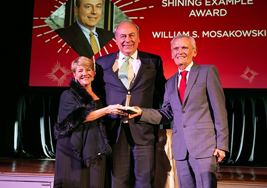 William S. Mosakowski receiving the Shining Example Award at the 2018 Let It Shine gala